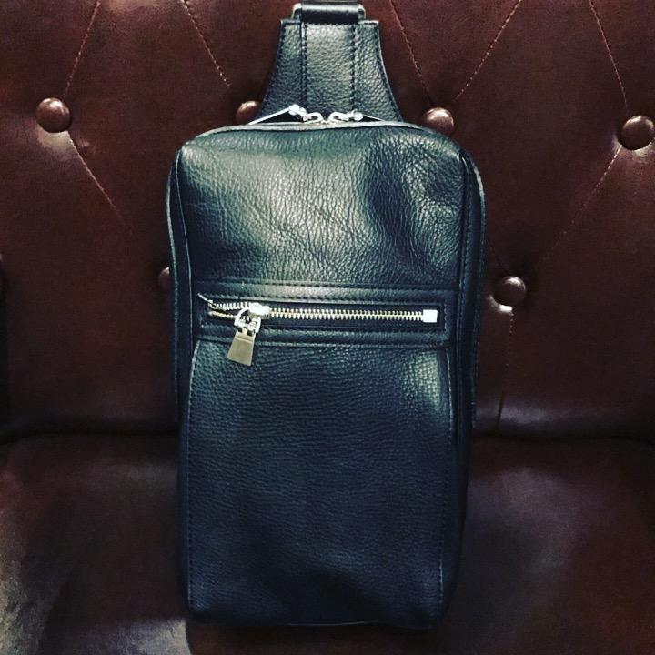 秋のお出かけに持っていける使い勝手の良いaniaryのレザーバッグを買取させて頂きました!サンステップ福井南店