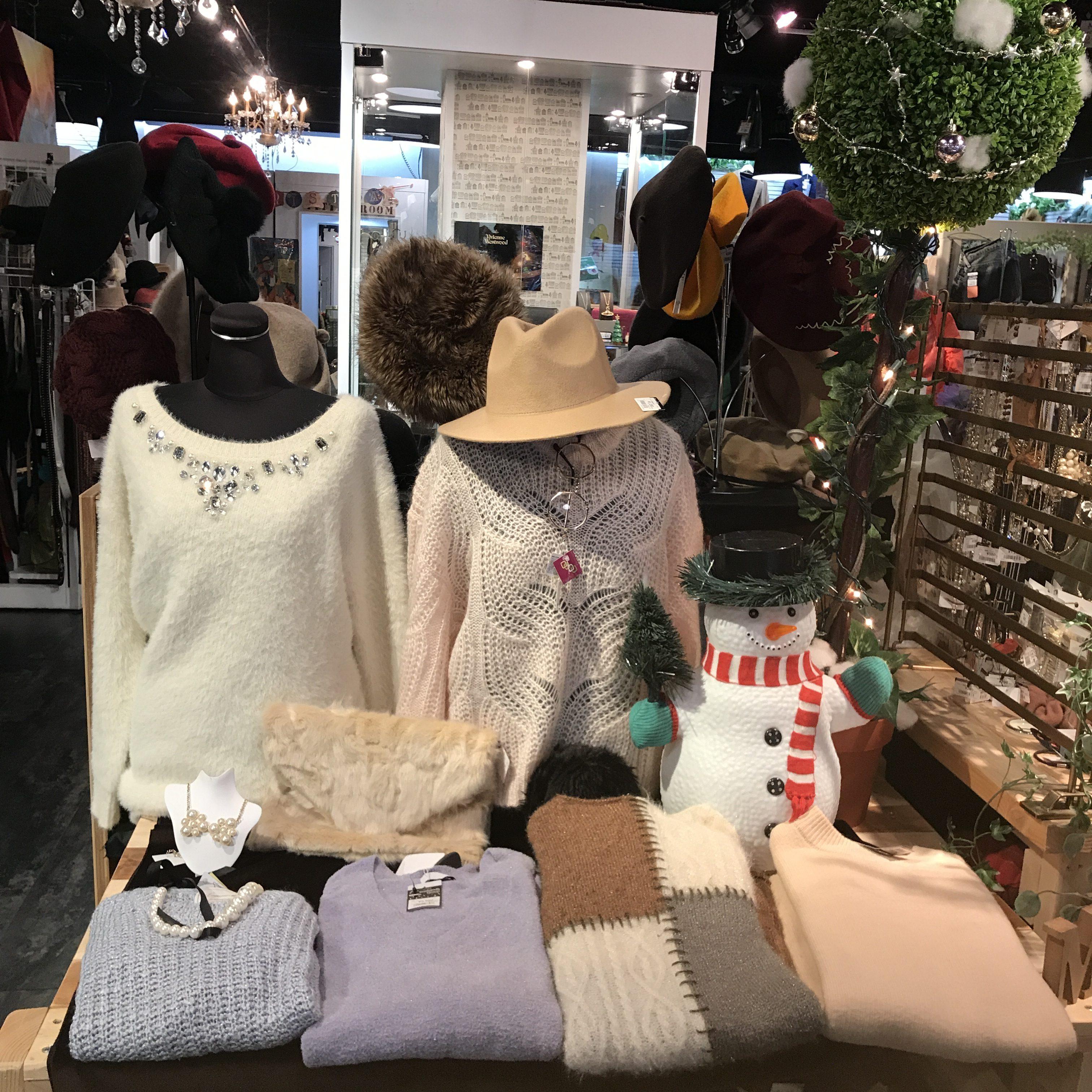 サンステップ南店 クリスマスディスプレイ 古着 冬物買取 ブランド衣料